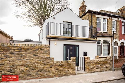 2 bedroom end of terrace house for sale - Lorne Road, Walthamstow