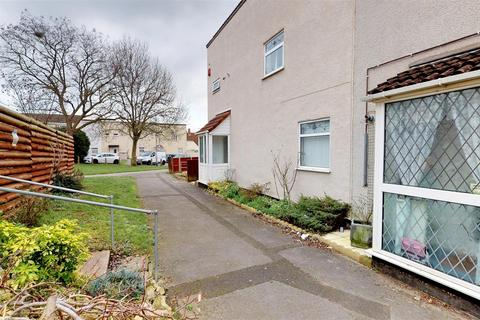 3 bedroom semi-detached house for sale - Camberley Road, Bristol