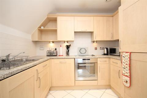 2 bedroom flat to rent - Stoke Road, Guildford