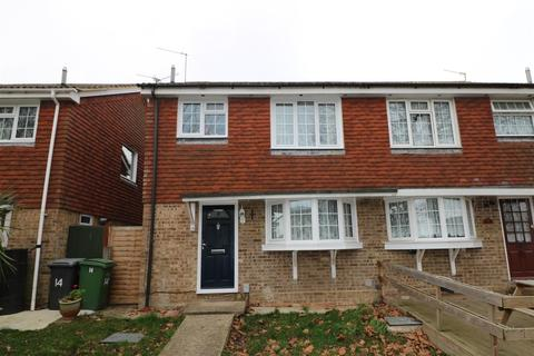 3 bedroom semi-detached house for sale - Fern Walk, Calcot, Reading