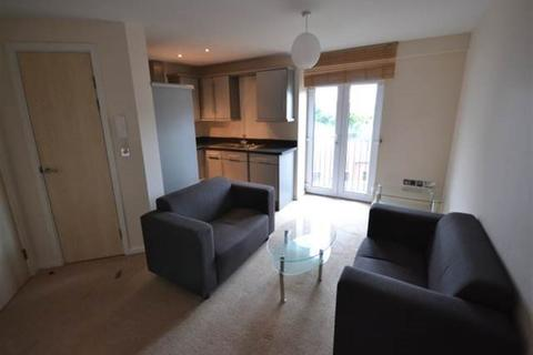 3 bedroom property to rent - Rialto