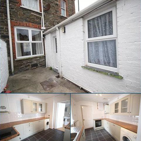 1 bedroom flat to rent - One Bedroom flat, Trefechan