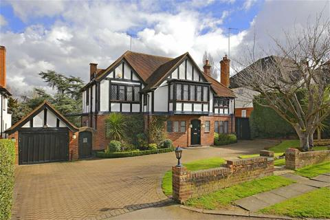 5 bedroom detached house for sale - Pine Grove, Totteridge, London
