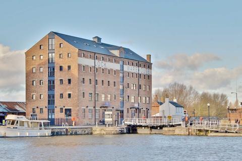 2 bedroom apartment for sale - Lock Warehouse, Severn Road, Gloucester, GL1