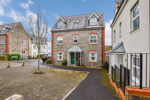4 bedroom detached house for sale - Spacious Family Home, Griffin Drive, Cwm Calon