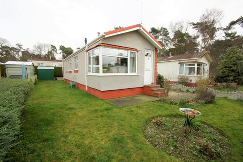 2 bedroom park home for sale - The Pines Homes Park, Huntington