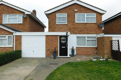 3 bedroom link detached house for sale - The Coppens, Stotfold, Hitchin SG5 4PJ