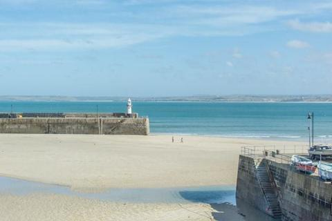 2 bedroom penthouse for sale - St. Ives