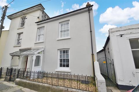 4 bedroom house share to rent - West Street, Penryn TR10