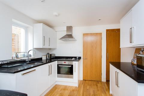 2 bedroom flat for sale - Ballater Road, Brixton, SW2