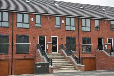 4 bedroom townhouse to rent - Lower Broughton Road, Salford, Manchester, M7 2JS
