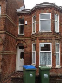 5 bedroom property to rent - Tennyson Road, Southampton, SO16