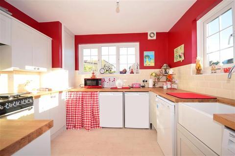 2 bedroom bungalow for sale - Dorothy Drive, Ramsgate, Kent