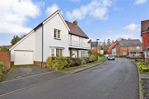 5 bedroom detached house for sale - Noel Coward Gardens, Aldington, Ashford, Kent