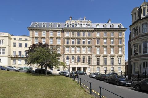 3 bedroom penthouse to rent - Bridge House, Sion Place
