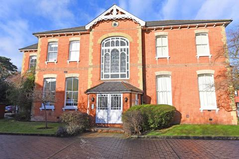 2 bedroom apartment to rent - Boundary Road, Farnborough, GU14