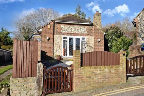 3 bedroom detached bungalow for sale - Eastwick Close, Brighton, East Sussex