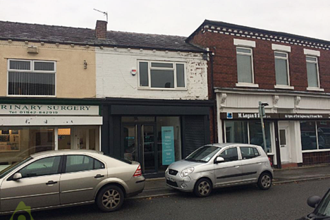 Retail property (high street) to rent - Leigh Road, Westhoughton, Bolton, BL5 2JH
