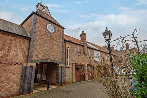 2 bedroom terraced house for sale - The Clock Tower, York Road, Beverley, HU17 8DN