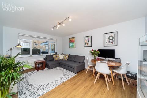 2 bedroom apartment to rent - Janeston Court, Wilbury Crescent, Hove, BN3