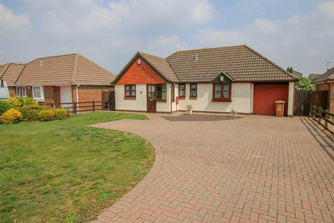 3 bedroom detached bungalow for sale - West Winch
