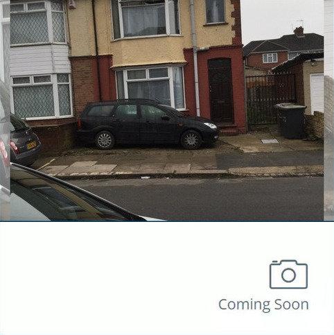 3 bedroom semi-detached house to rent - Fitzroy Avenue, Leagrave
