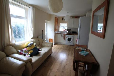 4 bedroom terraced house to rent - Moy Road, , Cardiff