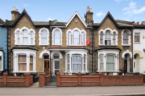 3 bedroom terraced house for sale - Blackhorse Road, Walthamstow, London