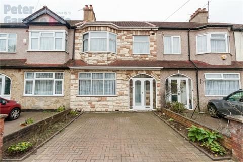 3 bedroom terraced house for sale - Eden Close, Wembley, Greater London