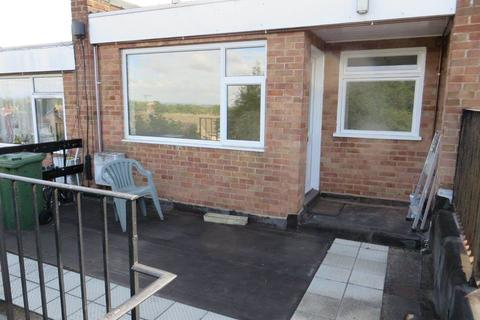 2 bedroom flat to rent - Briar Meads, Oadby, Leicester