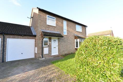 4 bedroom detached house for sale - Blair Close, New Milton