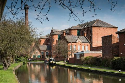 2 bedroom apartment to rent - Two double bedrooms, two bathrooms, in the prestigious Springfield Mill development