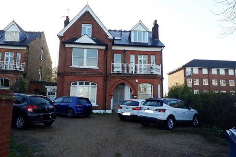 2 bedroom flat for sale - Montpelier Road, Ealing