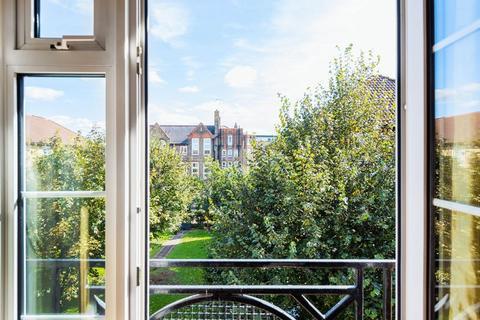 2 bedroom apartment for sale - Cahir Street, Canary Wharf, E14