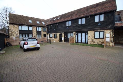 4 bedroom flat to rent - Railway View, Biggleswade, Bedfordshire