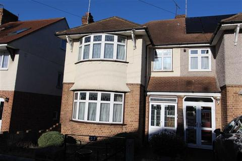 3 bedroom semi-detached house for sale - Hawkwood Crescent, North Chingford, London