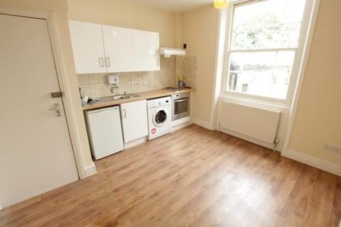 Studio to rent - Penn Road, Holloway, N7