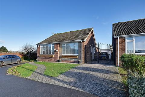 2 bedroom bungalow for sale - Waverley Gardens, Pevensey Bay, Pevensey