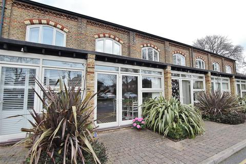 3 bedroom terraced house for sale - George Little House, Borough Road, Isleworth