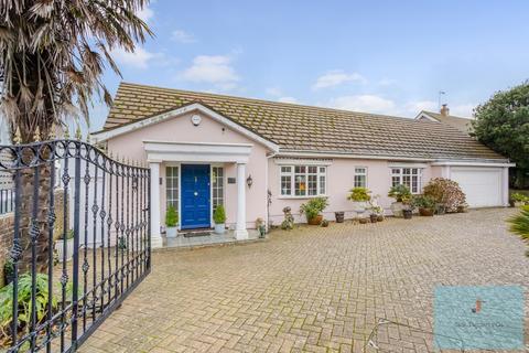 3 bedroom bungalow for sale - Royles Close, Rottingdean, Brighton, BN2