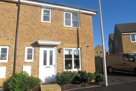 3 bedroom house to rent - Llys Tre Dwr, Waterton, Bridgend, CF31 3BH