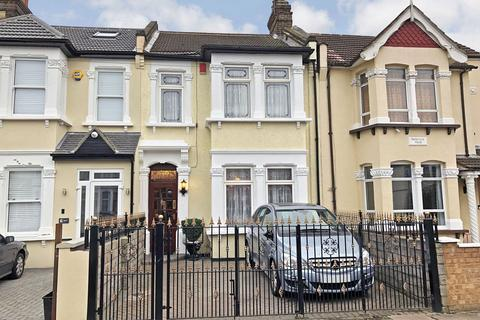 3 bedroom terraced house for sale - Auckland Road, ILFORD, IG1