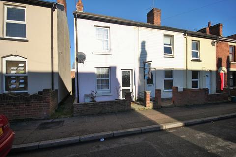 2 bedroom end of terrace house for sale - Kendall Road, COLCHESTER, CO1