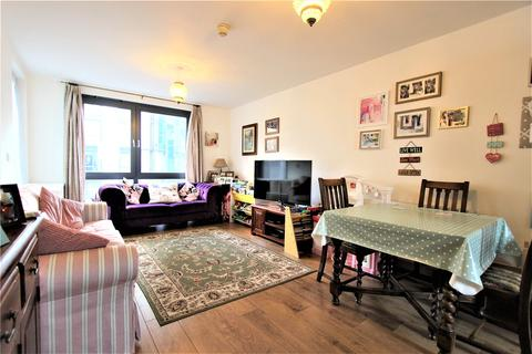 2 bedroom apartment for sale - Shams Court, 25 Fulton Road, Wembley, HA9