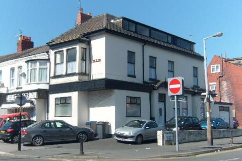 2 bedroom flat to rent - Caunce Street, BLACKPOOL, FY1 3ND