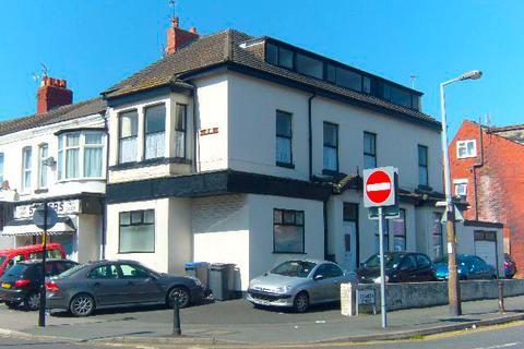 2 bedroom flat to rent - Caunce Street, BLACKPOOL, FY1 3ND