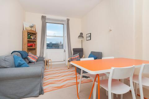 3 bedroom flat to rent - Buccleuch Terrace, Edinburgh EH8