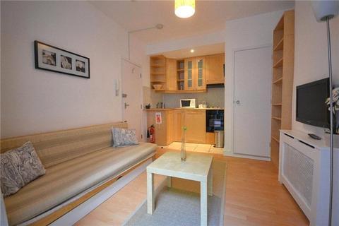 Studio to rent - Claverton Street, Pimlico, London