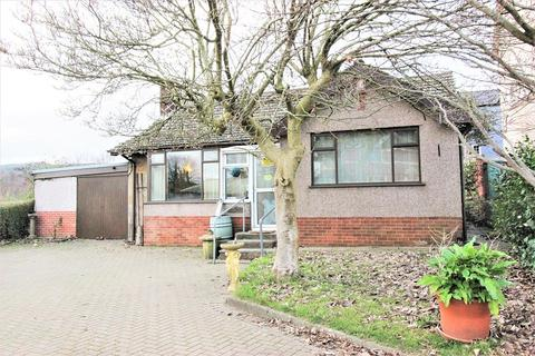 2 bedroom bungalow for sale - St. Johns Crescent, Rogerstone, Newport. NP10 9FL