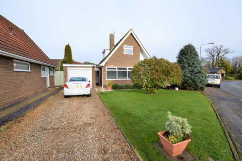 3 bedroom chalet for sale - Chenery Drive, Sprowston, NR7